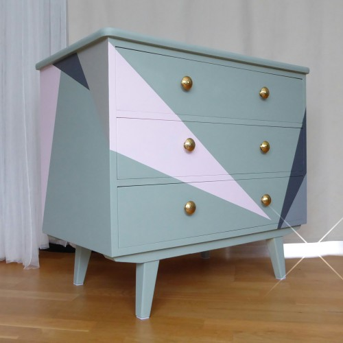 Minty Triangle Dresser (4)