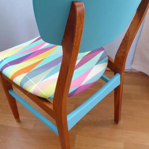 Color Bomb Teak Chair (1)