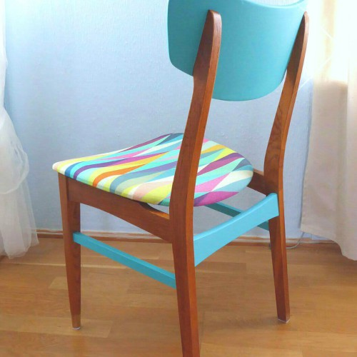 Color Bomb Teak Chair (3)