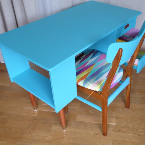 Color Bomb Teak Desk (16)