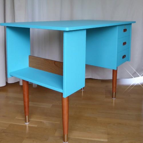 Color Bomb Teak Desk (33)