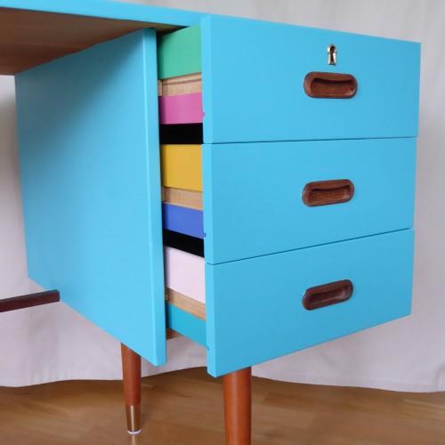 Color Bomb Teak Desk (7)