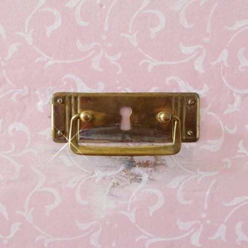 Pink Mirror Dresser (4)